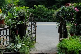 Marvin Gardens - Garden Gate